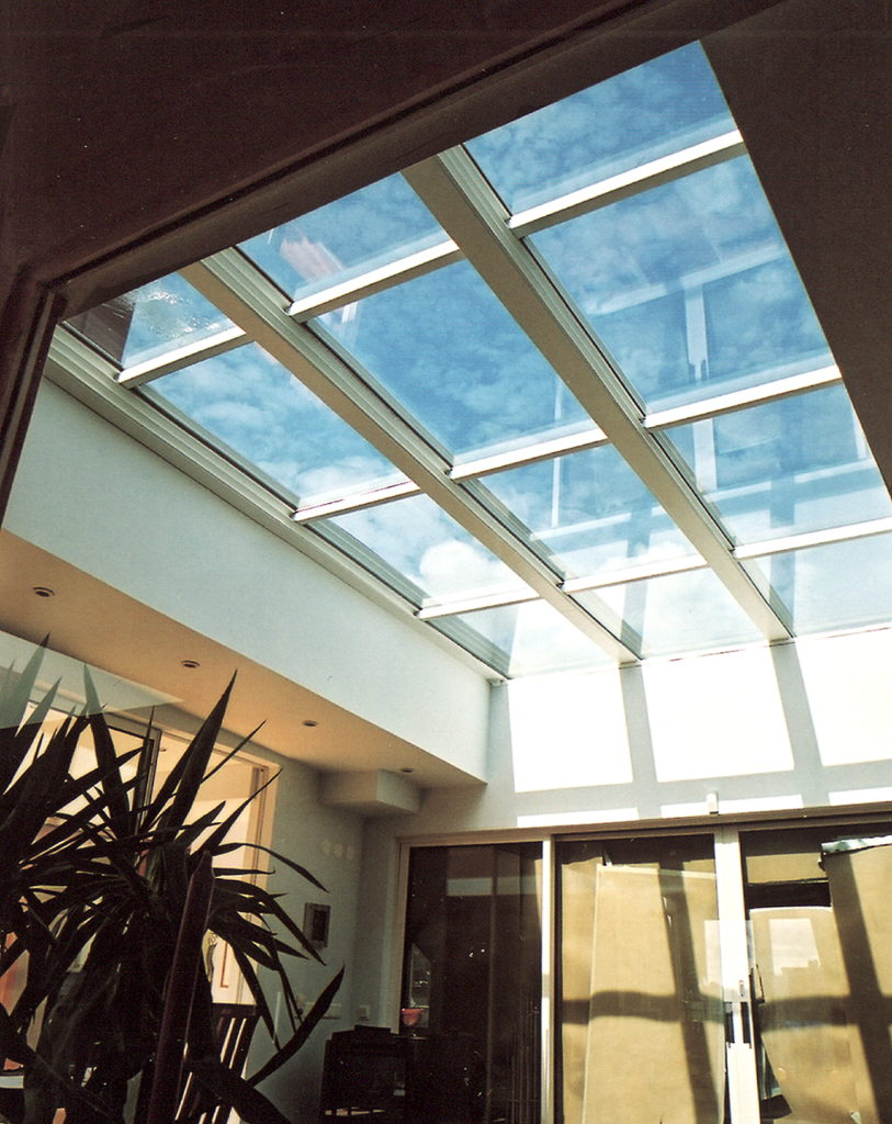 retractable glass roofs glass roofs and glazing systems. Black Bedroom Furniture Sets. Home Design Ideas