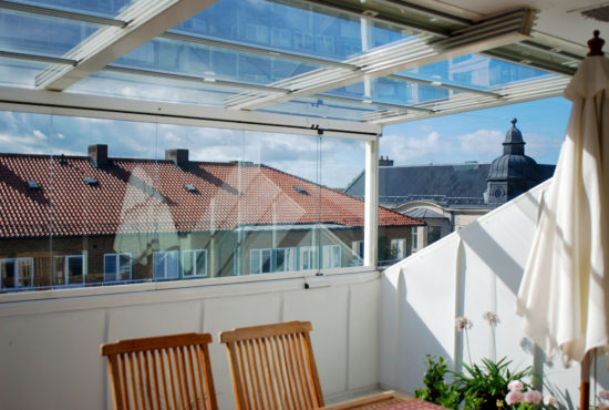 balcony-glass-roof