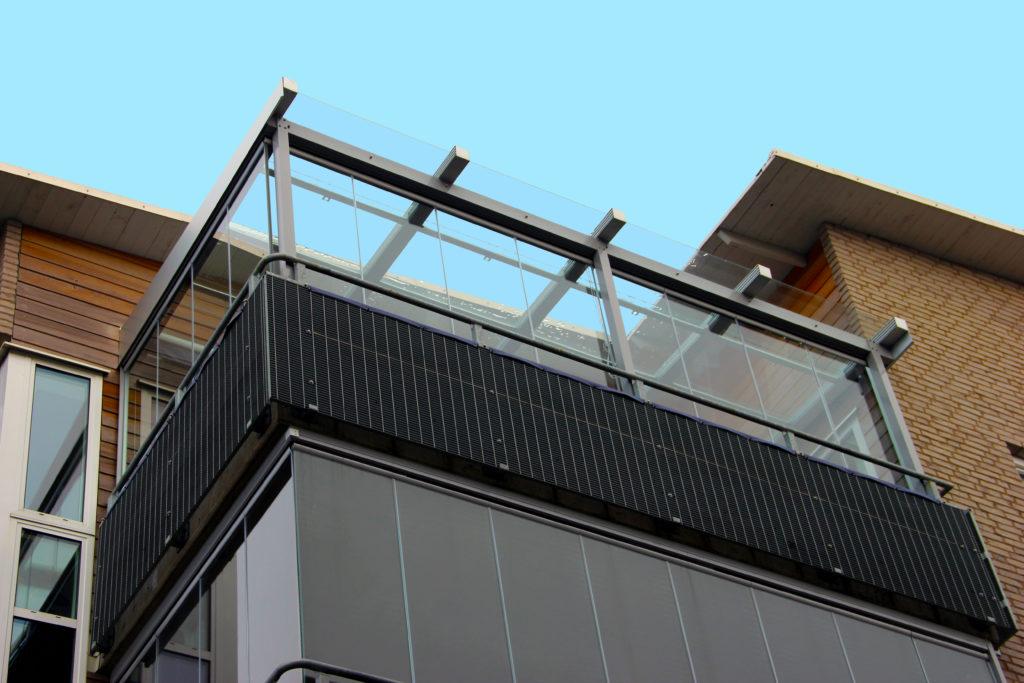Roof Glazing Systems : Balcony glazing systems bentech